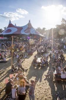 Dauwpop 2017: Avontuurtje in The Glory Hole, moshpitten tijdens VANT en de zon!