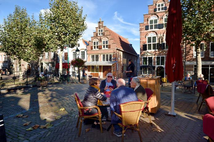 Jumbo neemt zondag kerstcommercial op in Oudewater op de Markt vanwege het hoog Anton Pieck-gehalte.