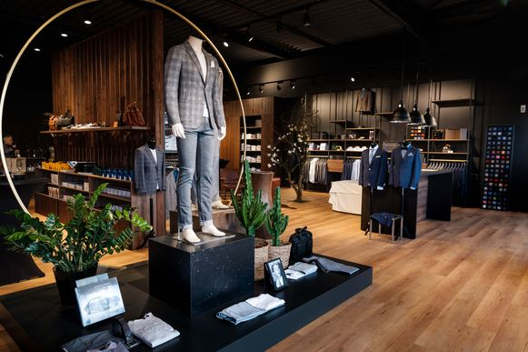 De nieuwe winkel van Van den Bril moet uitgroeien tot hét adres voor herenkleding tussen Brussel en Antwerpen.
