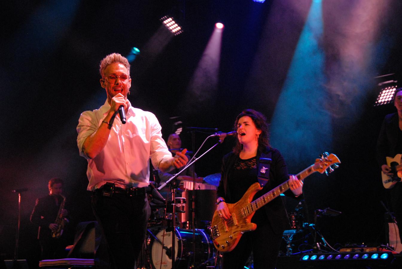 Charly Luske, in de rol van George Michael, had er zin in tijdens de succesvolle openingsavond van de Mainstage van de Brabanthallen