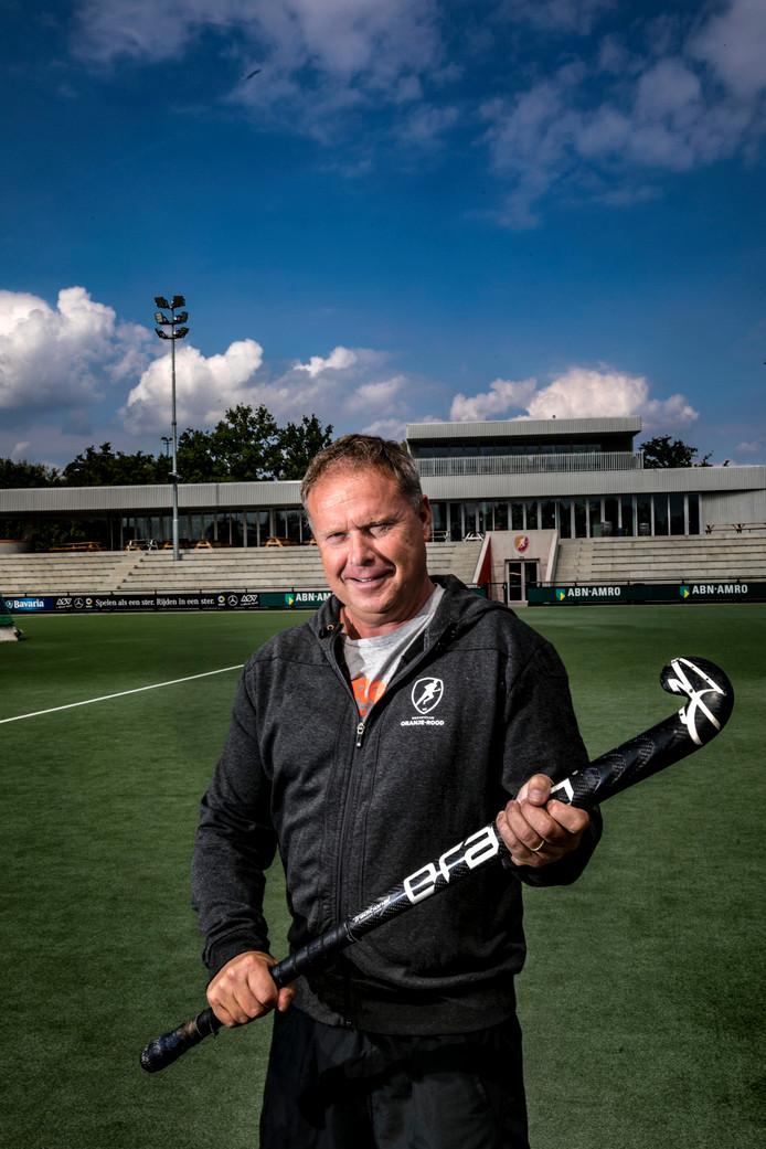 Coach Roger van Gent begint zondag met Oranje-Rood aan de competitie. De mannen spelen in Wassenaar tegen HGC.
