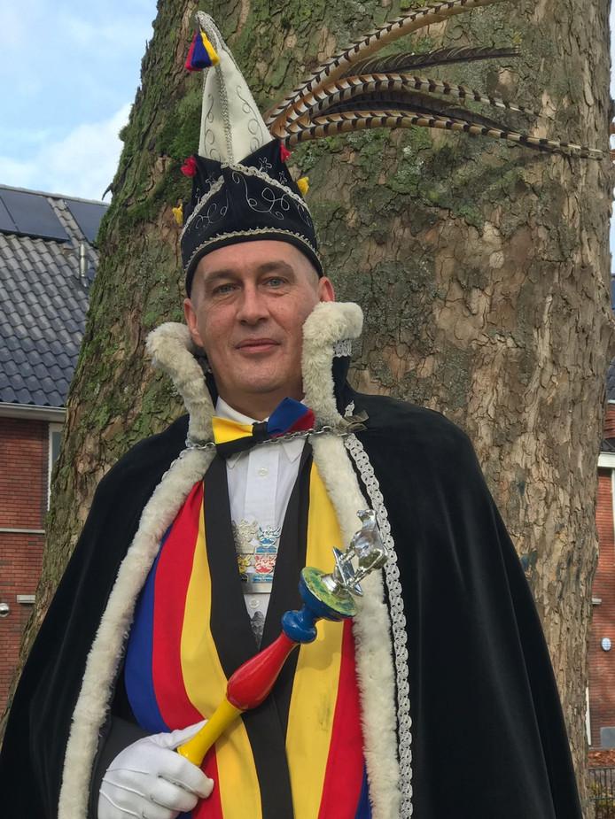 Hein Hoppenbrouwers voor de vierde keer op een rij prins carnaval in Helvoirt