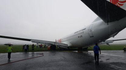 Vliegtuig Lion Air met 182 passagiers glijdt van landingsbaan