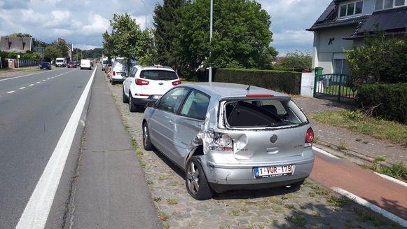 Ook deze VW Polo moest eraan geloven.