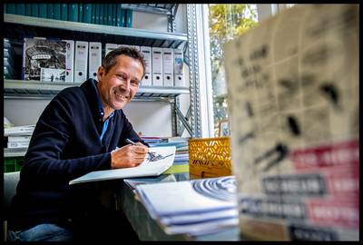 Striptekenaar De Jager kreeg dreigbrief 'We weten waar je woont' op verkeerd adres