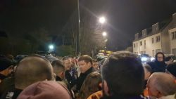 VIDEO: Misnoegde Anderlechtfans wachten na zoveelste debacle spelers op in Neerpede