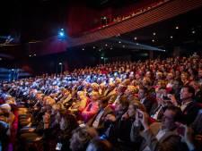 'Houd Stadsmuseum Almelo in de benen en bezuinig eens op Theaterhotel'