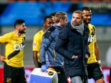 NAC-trainer Steijn pareert kritiek: 'Wij stimuleren spelers om vooruit te spelen'