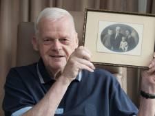 Paul de Smit uit Olst is plots 273 familiefoto's uit het verleden rijker na mysterieuze vondst