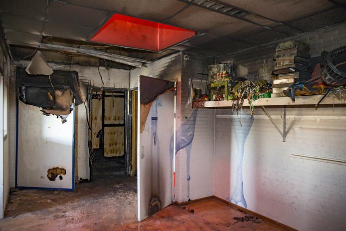 Brandschade bij basisschool De Ontdekking Oosterhout, vuurwerkschade na nieuwjaarsnacht