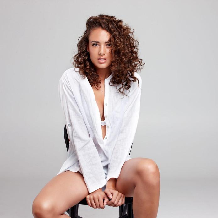 Zoey Ivory (23)