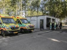 Ambulancepost langs N57 bij Hellevoetsluis officieel geopend