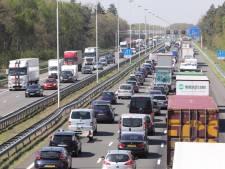 Drukte op Brabantse wegen door Pasen en ongelukken