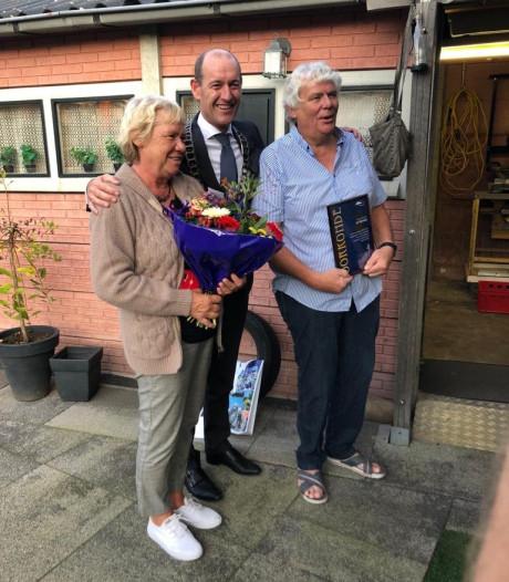 Hengelose Nijverbij voor Sinterklaas-vrijwilliger René ter Elst