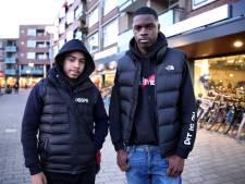 Rotterdamse rappers die met wapens zwaaien in clips tekenen bij bekend muzieklabel
