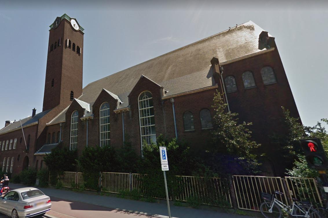 De kerk aan de Zuiderparklaan in Den Haag