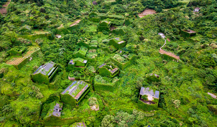 Houtouwan ligt op het Shengshan eiland, in China's oostelijke provincie Zhejiang.