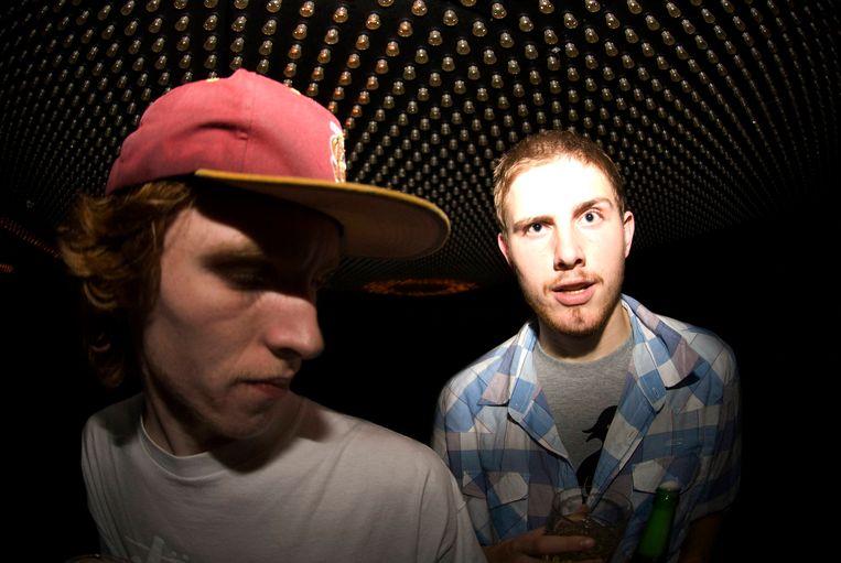 David van der Leeuw (l) en Luigi Jansen (r) vormen Beesmunt Soundsystem. Beeld Abel Minee