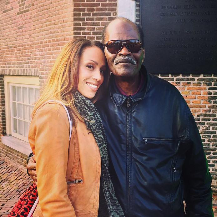 Glennis Grace met haar vader Eddie (80). 'Ik verwijt hem niks meer.'