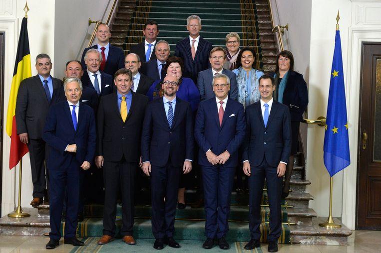 De regering-Michel in haar originele bezetting op 11 oktober 2014.