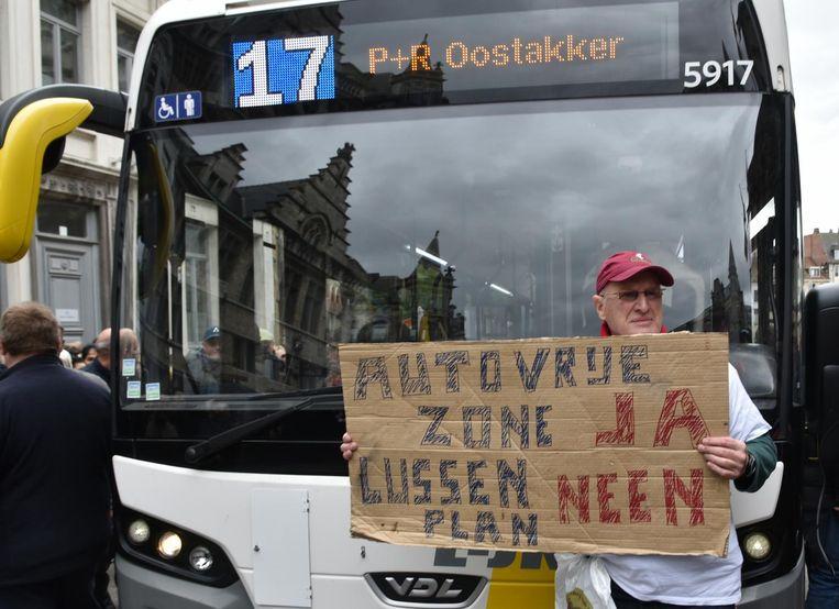 """Centrumbewoner Karel: """"Enkel door te protesteren kunnen we iets veranderen."""""""