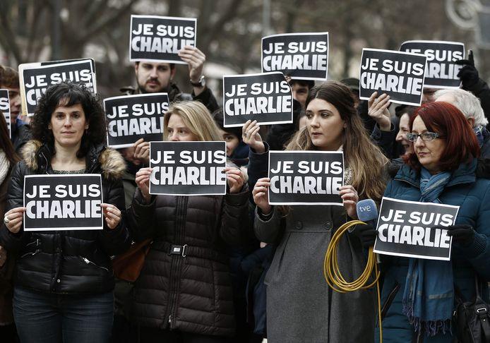 De leus 'Je suis Charlie' dook op als steunbetuiging aan de vrijheid van meningsuiting en aan de slachtoffers van de aanslag.