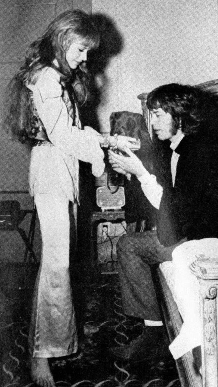 Pamela met Mick Jagger.
