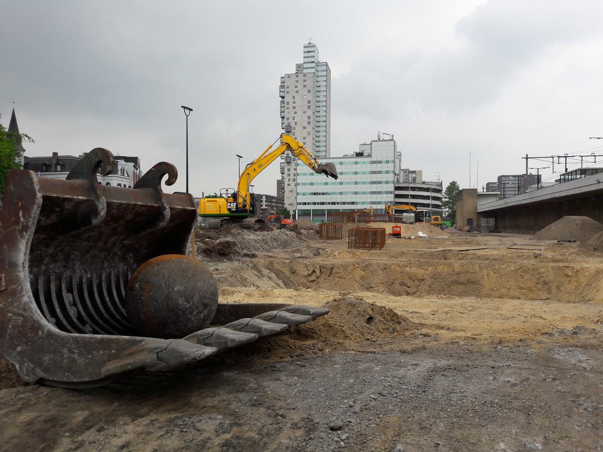 Vertraging in de planning van het werk aan de Spoorlaan en het busstation.