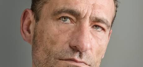 Toen Spanjaard Nacho 25 jaar geleden in Amersfoort achter de bar ging staan, sprak hij geen woord Nederlands