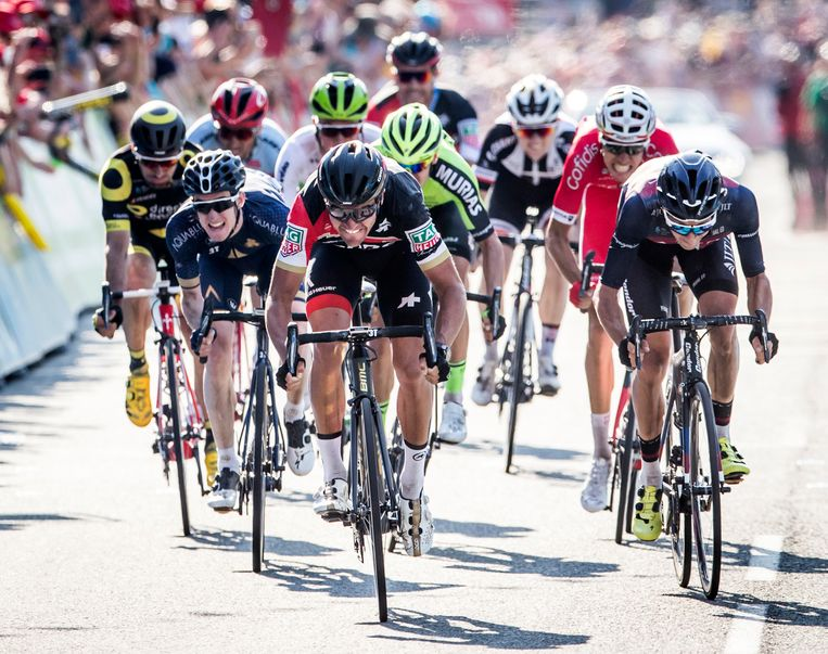 Vorig jaar schreef Greg Van Avermaet (midden) de Ronde van Yorkshire op zijn naam, hij won toen de vierde rit.