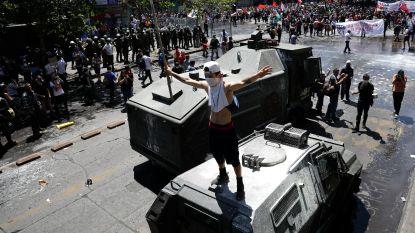 Al 18 doden bij betogingen in Chili
