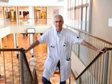Voorzitter medische staf ETZ kreeg corona, maar blikt alweer vooruit: 'We moeten de zorg nu langzaam weer normaliseren'