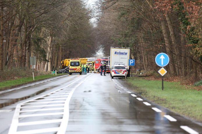 De N35 tussen Raalte en Heino ging dicht na het ongeluk