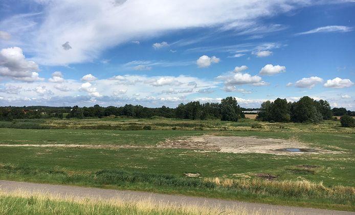Het terrein bij Ritthem waar de nieuwe marinierskazerne komt.