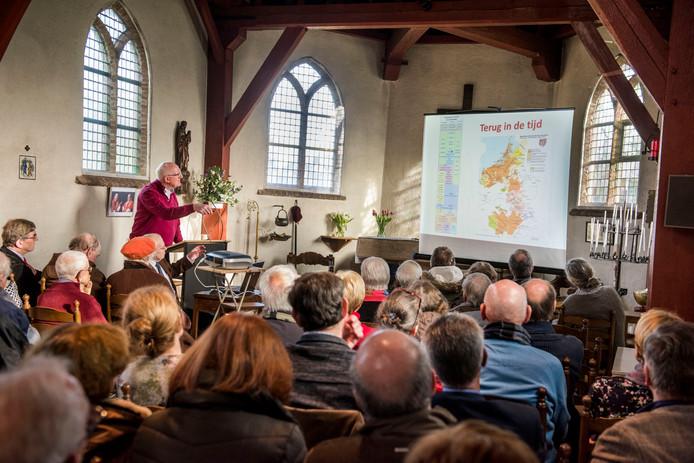 Een presentatie over vijfhonderd jaar Annakapel in het Bredase gebedshuis aan de Heusdenhoutseweg.