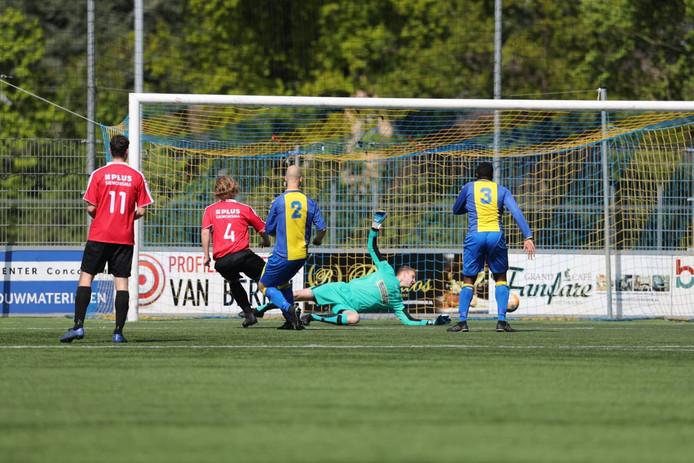 Ivar Klijnsma scoort de gelijkmaker voor Balk.