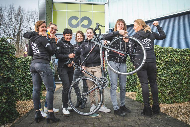 De wielerfederatie Cycling Vlaanderen lanceerde een campagne om meer meisjes op de fiets te krijgen.