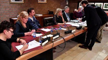 Schepenen en gemeenteraadsleden leggen eed af in Berlare