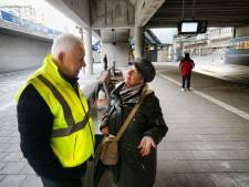Nieuw busstation Stadszijde is even wennen, maar Ben wijst de weg