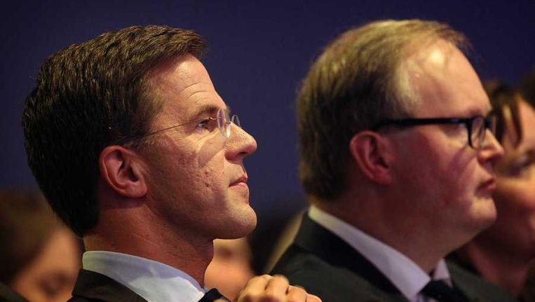 Premier Mark Rutte (L) en Hans van Baalen, lijsttrekker voor het Europees Parlement, tijdens het Najaarscongres van de VVD. Beeld anp