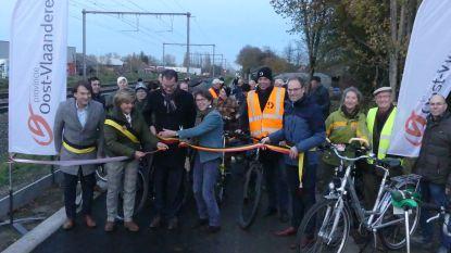 Fietssnelweg tussen Nachtegaalstraat en Kruishoutemstraat officieel geopend