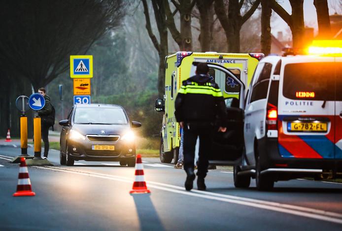 De Trambaan in Strijen is deels afgesloten vanwege een ongeluk.