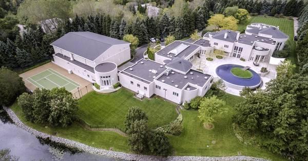 Koper huis michael jordan krijgt air jordans er gratis bij andere sporten - Scherm huis ...