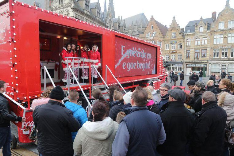 Bezoekers konden hun wensen laten projecteren op een scherm op de kersttruck van Coca-Cola.