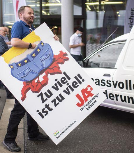Zwitsers stemmen tegen Alpen-Brexit
