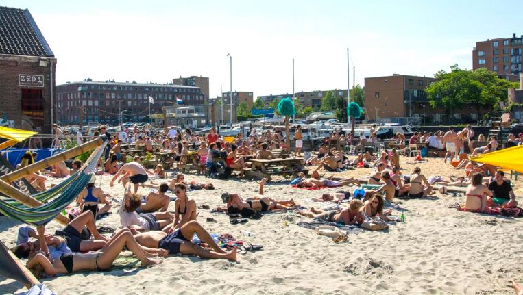 Dit strandje ziet de zonaanbiddende Amsterdammer niet meer terug Beeld Roest