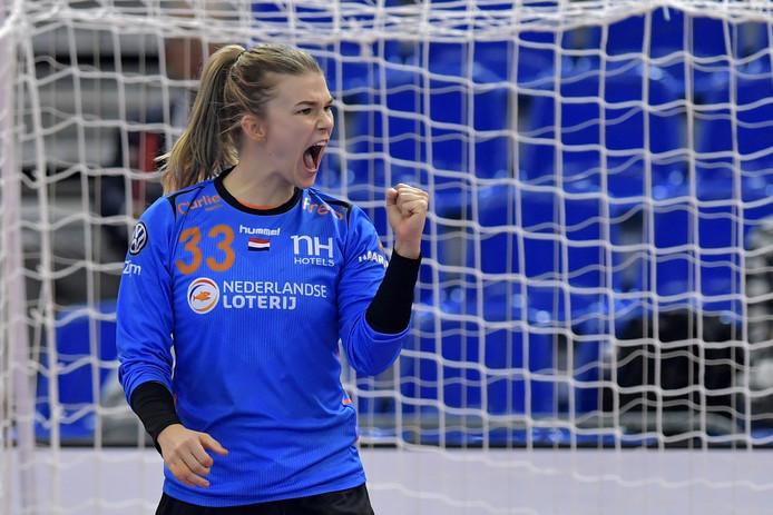 Keepster Tess Wester is een belangrijke schakel in het huidige Oranje.