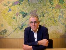 In Hof van Twente blijft het onkruid langer staan en wordt er minder vaak gras gemaaid door bezuinigingen