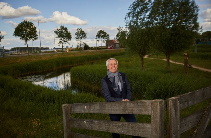 Jan Bonjer ziet zijn baan bij waterschap Hollandse Delta als een grote, moeilijke klus. ,,De opgave waar we voor staan is, met de zeespiegelstijging en de verdroging, megagroot.''