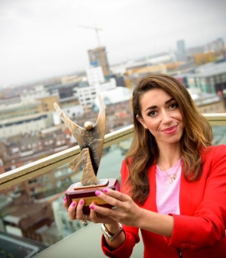 Eindhovense schoenenontwerpster Zeynep Dağ uitgeroepen tot 'etnische ondernemer van het jaar'